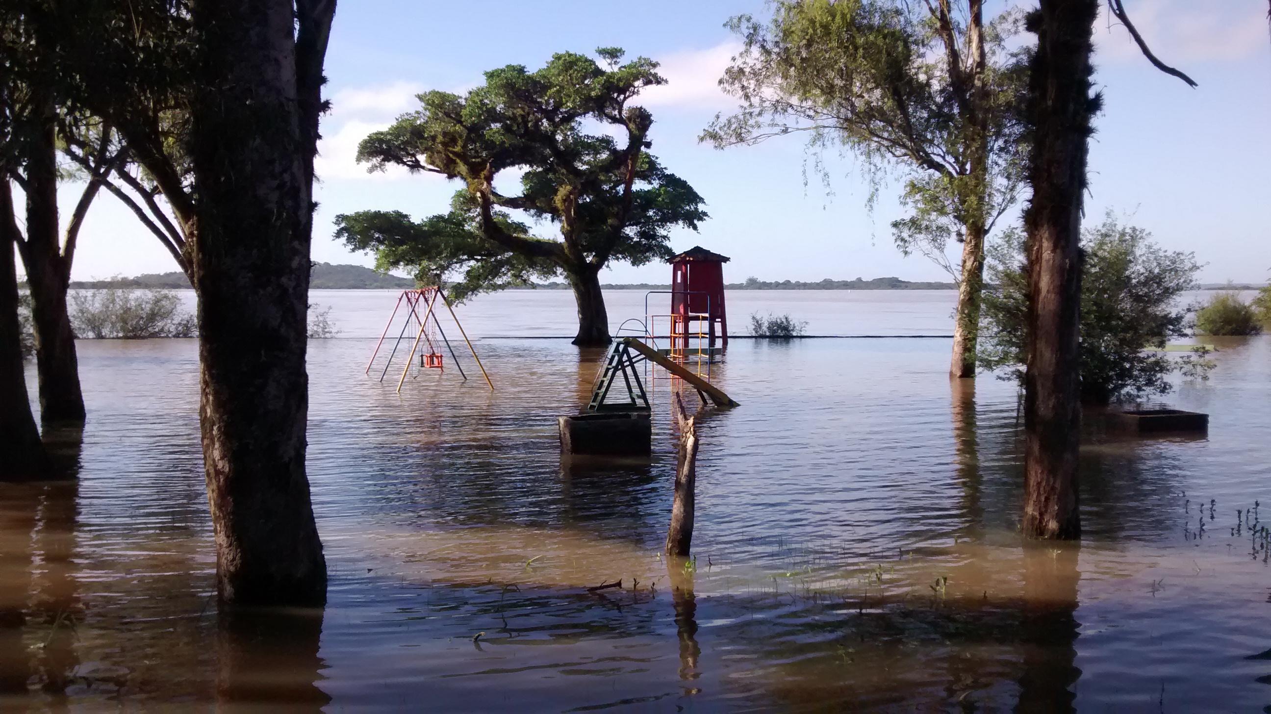 Armario Capsula Feminino ~ Enchente Porto Alegre 2015 u2013 Zona Sul u2013 Bike u2013 TriTrilhas