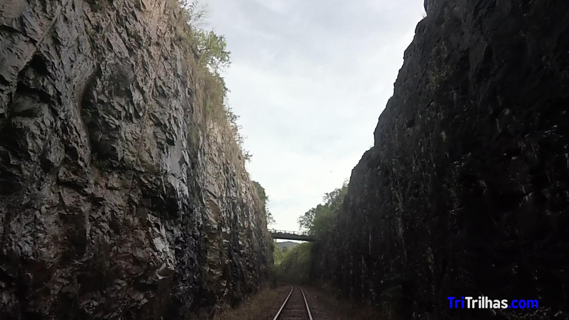 Ferrovia.Still071